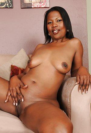 Black Girl Masturbating pictures