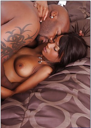 Black Couple Sex pictures