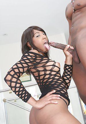 Black Handjob pictures